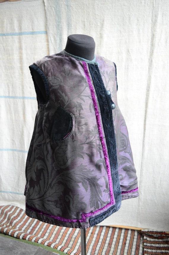 RARE antique vest!! Luxuroius fabric Lovely purple