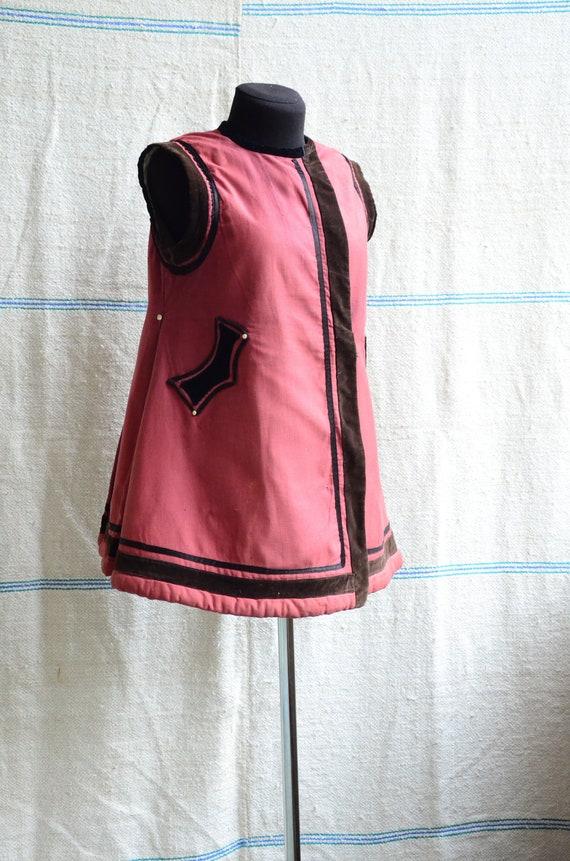 Beautiful RED antique vest!!! Excellent condition