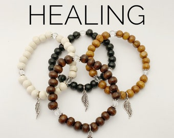 HEALING / Simple Reminder Bracelet /  Mala Bracelet / Clear Quartz / Angel Wing