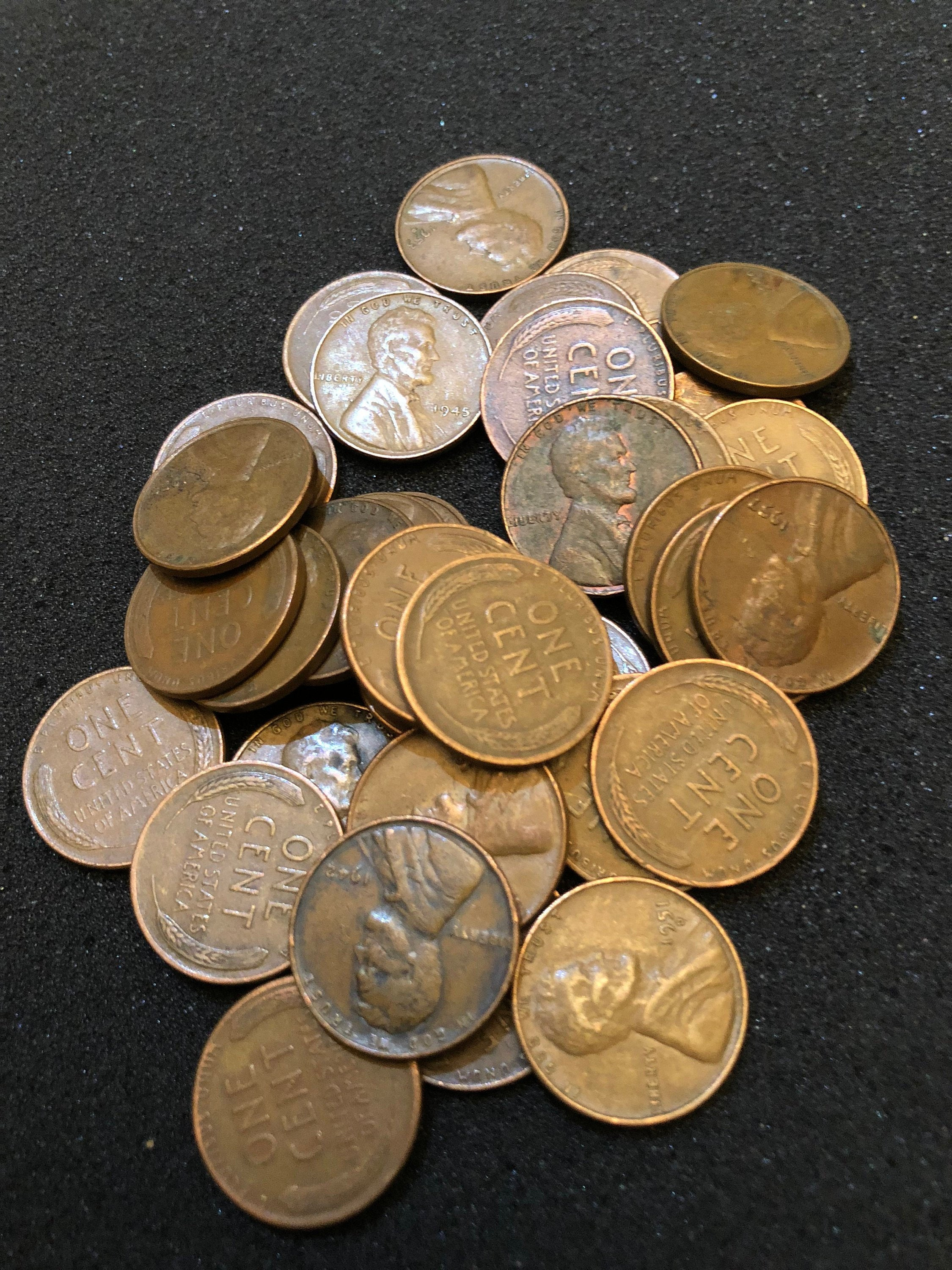 49 Unsearched Wheat pennies with a 1 90/% Silver dime on the end