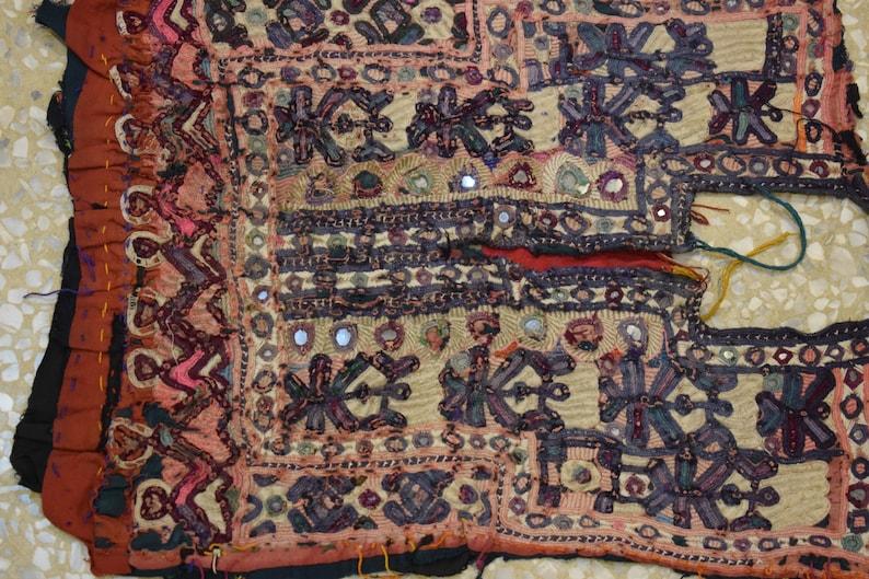 Quilting Kutchi Embroidered Fabric Yoke,Indian Banjara Yokes Ethnic Quilting Scraps,5 pc Ass. Kutchi Patch,Vintage Yoke Vintage Kutch