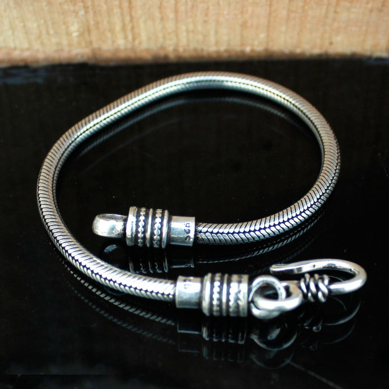 Traditional Vintage Style Bracelet925 Sterling SilverGorgeous ChainOxidize Designer Bracelet22 Centimeter Gift BraceletFor Wife Girl