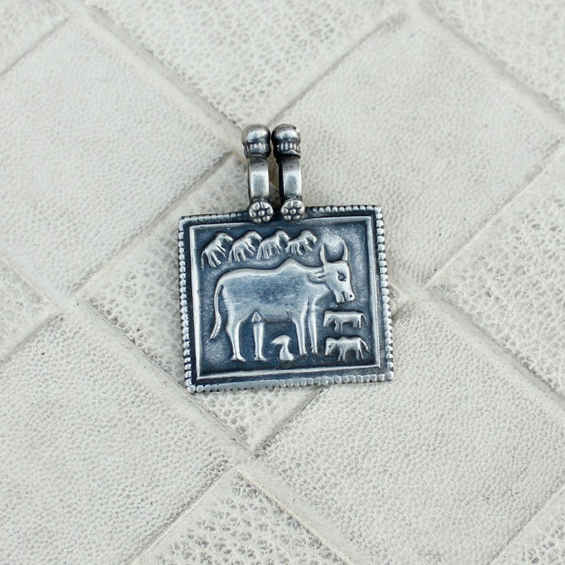 Handicraft Cow Oxidized Pendant,Antique Designer Boho Pendant,Old Silver Pendant,Cow Lover Pendant,Rajasthani Pendant,Squire Silver Pendant