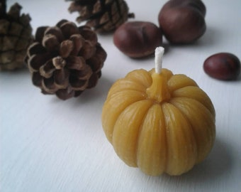 100% Pure Yorkshire Beeswax Pumpkin Candle