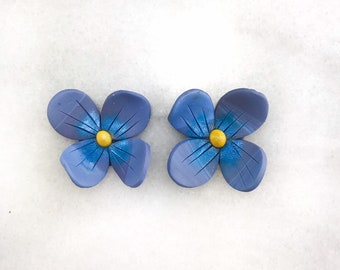 Floral Stud earrings, polymer clay, blue flower earrings, handmade, polymer earrings, clay, lightweight, non slip, earrings.