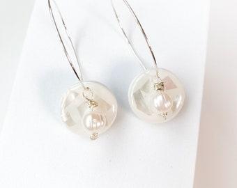 Delicate Hoop, White pearl, mother of pearl, earrings