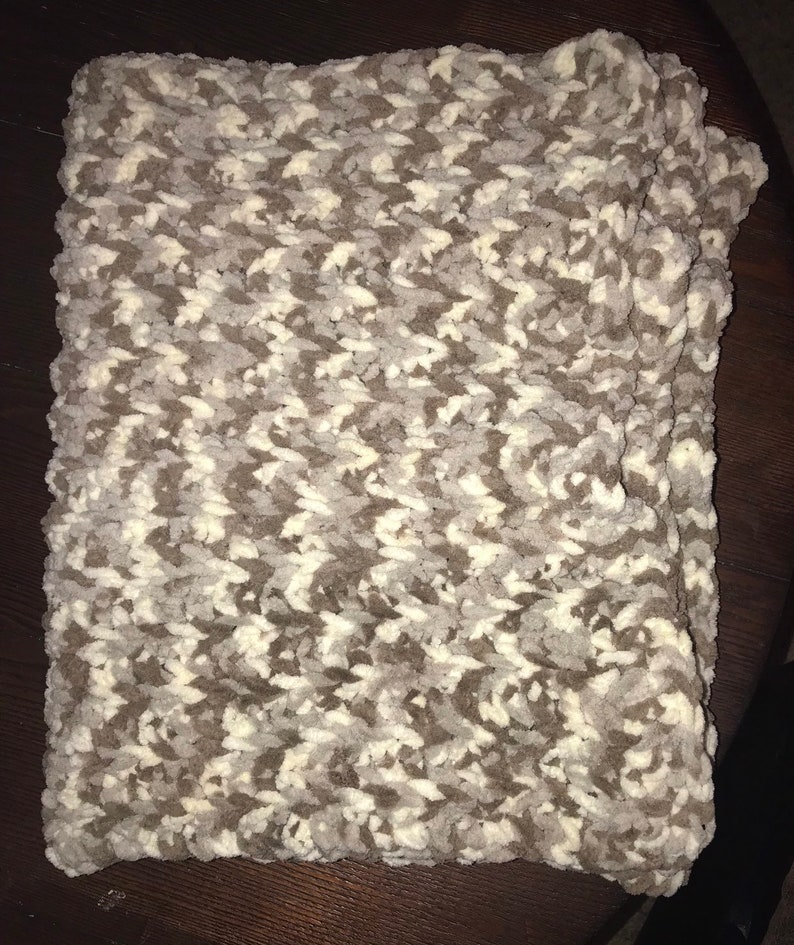 Large soft chunky baby blanket