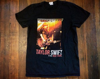 8d343bd19 Taylor Swift Red Tour Concert Band T Shirt S Small