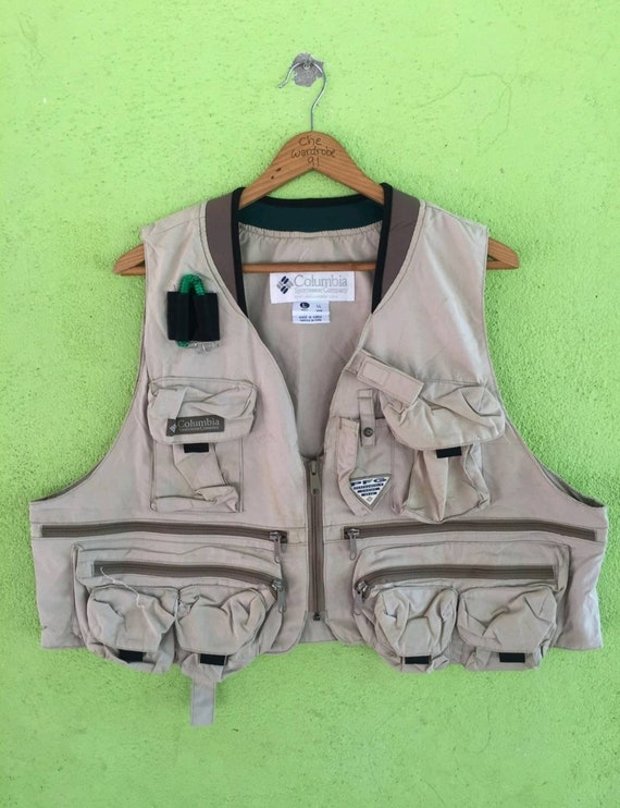 Columbia x PFG Tactical Vest For Fishing Adventure