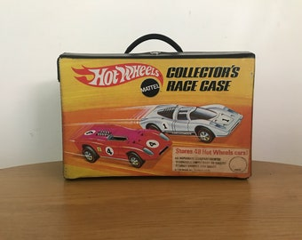 Vintage 1969 Hot Wheels 48 car Collector's Race Case