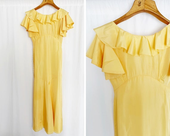 1930's XS/S Pale Yellow Ruffle Gown