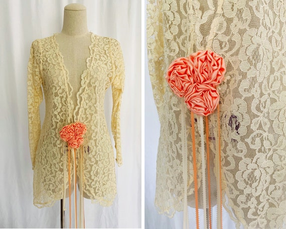 40s Small Lace Jacket With Rosette Closure