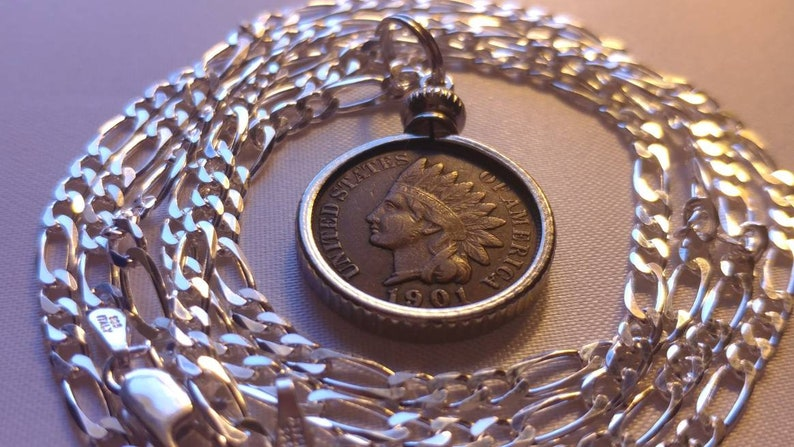 High grade 1901 American Indian head penny pendant on an image 1