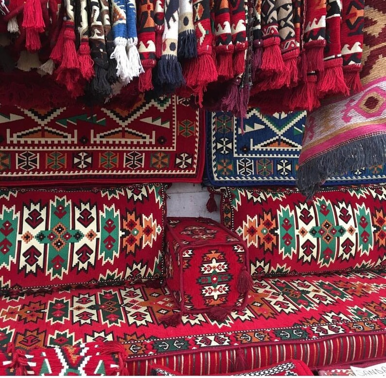 Apache Arabic Style Oriental Floor Seating Jalsa Set Arabic Majlis Hookah Lounge