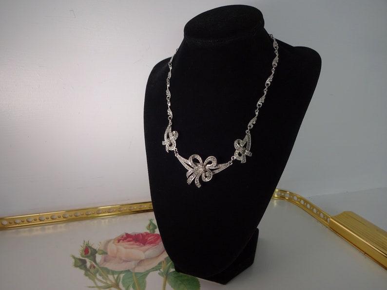 Classic Sphinx Marcasite \u2018bow\u2019 necklace \u2013 Circa 1950\u2019s