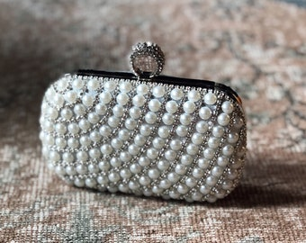 4a0f4dd17ba Iris- wedding clutch|bridal clutch|crystal bag|bridal purse|bridal bag|metal  purse|vintage purse|bridesmaid purse|evening purse|pearl purse