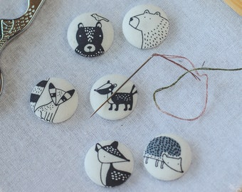 Forest Critters Magnetic Needle Minder Buttons || Small [23mm] Pair