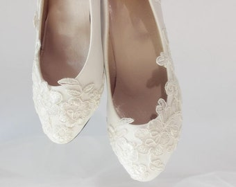 2d517a75dd8da9 Wedding shoes bridal shoes low heel wedding lace pearl shoes