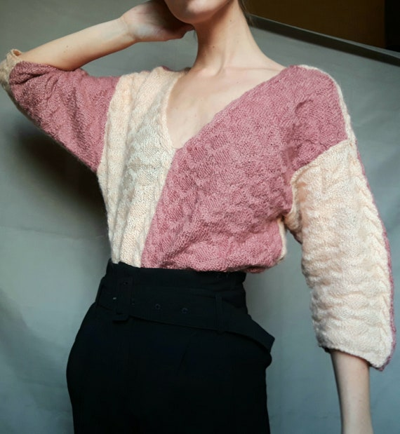 Vintage oversize knitted pullover sweater - light