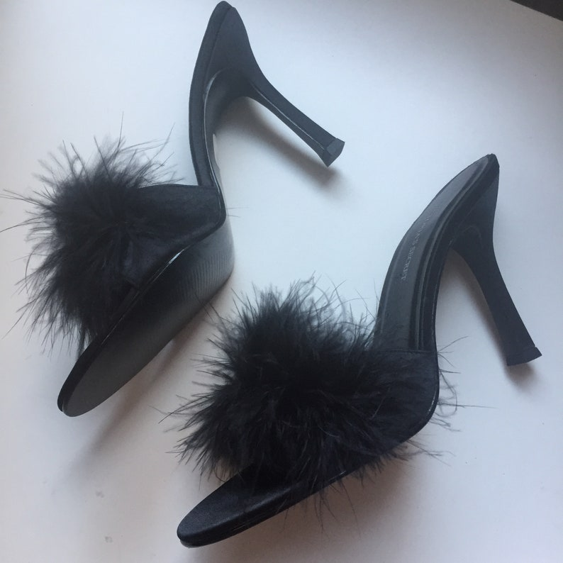 75da3f922df25 Vintage Victoria's Secret Black Maribou Feather Heels Slipper Mules Slides