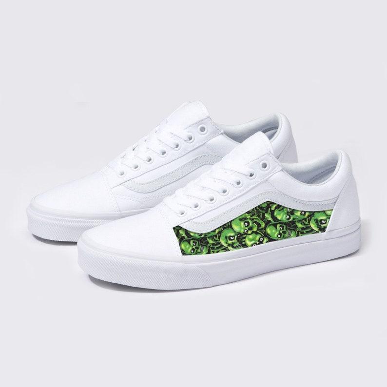 19bf39119e1b8 Bianco di Vans Old Skool x teschi verde personalizzato scarpe