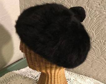 fdb3a888066 Stunning Chic Vintage Black Angora Beret Hat with Pom Pom!-Kangol