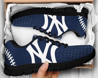 13aaa02551c New York Yankees Shoes