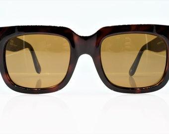ef03efa6437 Vintage Gianni Versace Sunglasses 465 413 414 372 col 900 very rare 1990s