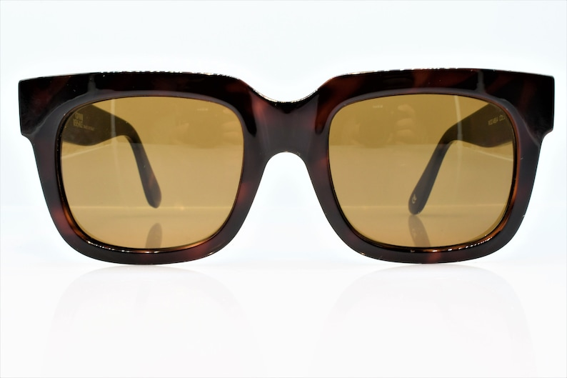 2309f017a75f Vintage Gianni Versace Sunglasses 465 413 414 372 col 900 very   Etsy