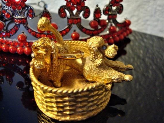 Vintage POODLE RING & RINGHOLDER - Gilded Poodle w