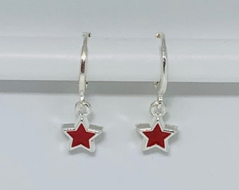 Tiny star earrings// red star earrings//tiny silver plated earrings// silver plated huggie hoops