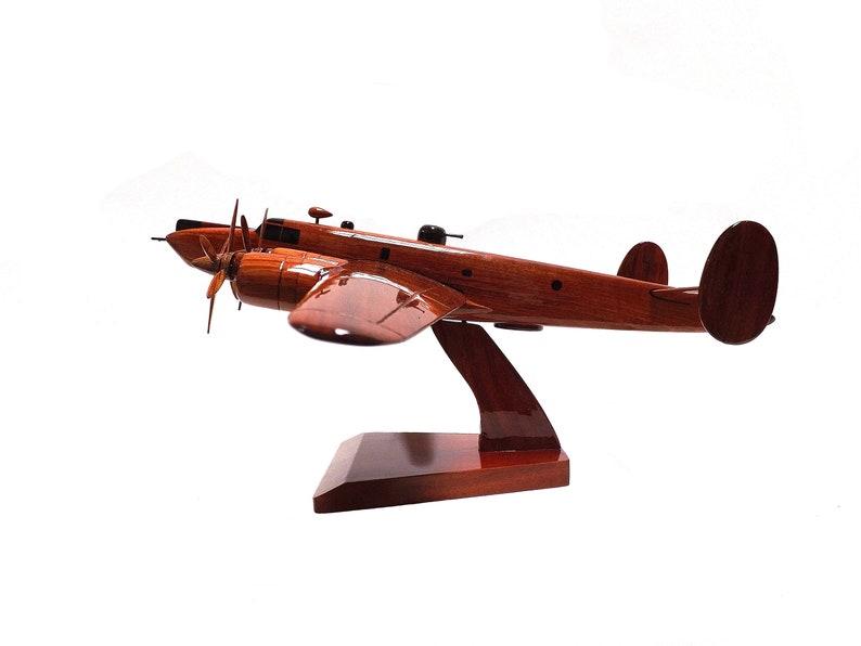 RAF Avro Shackleton Bomber British Military Aircraft Desktop Executive Wooden Model.