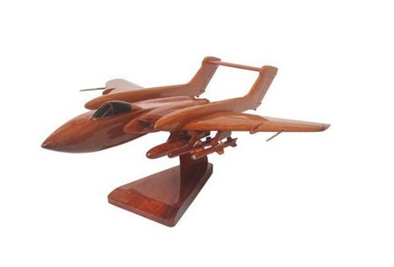 British Military Aircraft de Havilland DH Sea Vixen Wooden Executive Desktop Model.