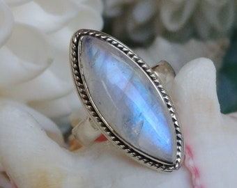925 Solid Sterling Silver Ring Size 5.5 More Sizes Also Solid Silver Natural Rainbow Moonstone Marquise Ring taille 51