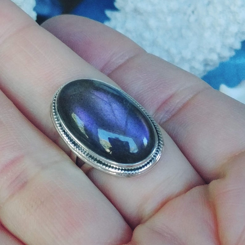 taille 61 925 sterling Silver Size 9 34 Oval Shape Labradorite Ring PURPLE Fire Labradorite Ring Purple Flash Labradorite Ring