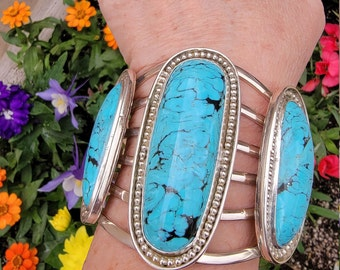 Large Kingman Turquoise Cuff, 132 gram Sterling Silver Bracelet, Special occasion Wedding Jewelry, Handcrafted Native American Jewelry.