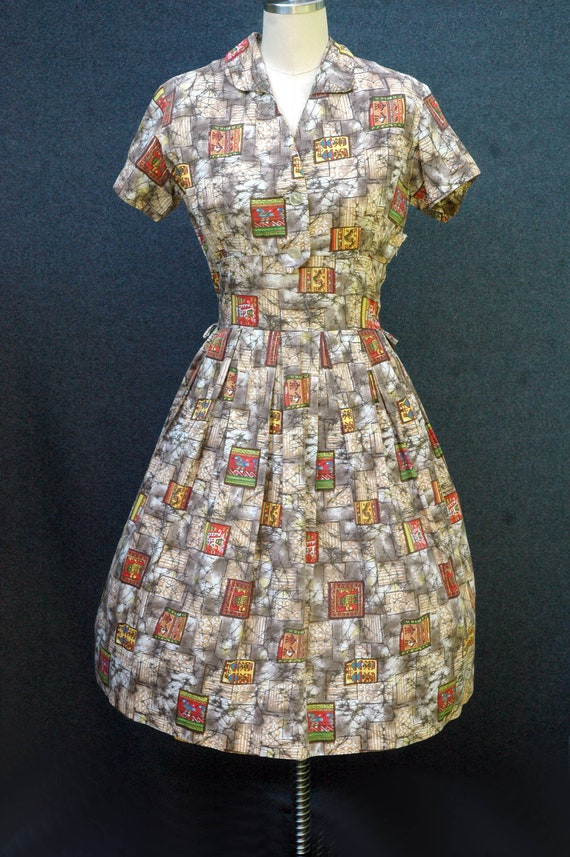 Vintage 1950s Novelty Print Dress - image 2
