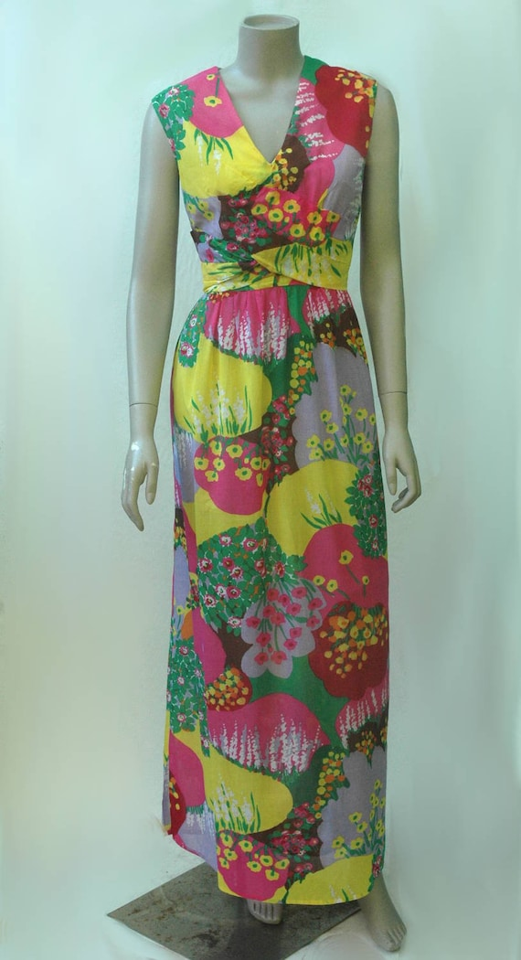 Vintage 1960s Psychadelic Floral Cotton Maxi Dress - image 3