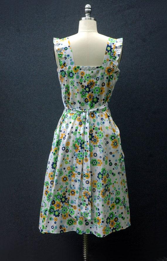 Vintage 60s does 40s Floral Dress - image 6