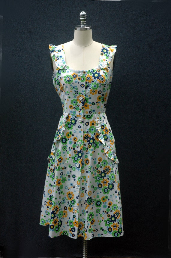 Vintage 60s does 40s Floral Dress - image 4