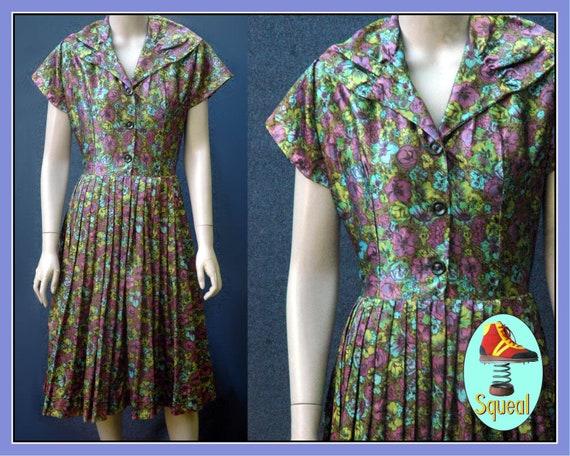 Vintage 1950s Floral Shirtwaist Dress