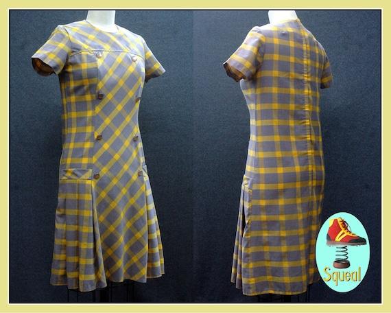 Vintage 1960s Plaid Scooter Mod Pleated Dress
