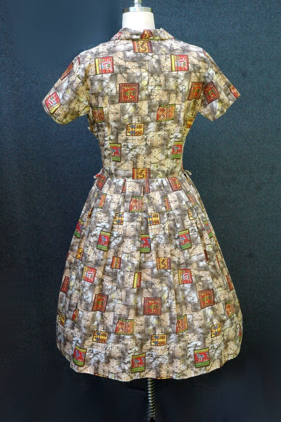 Vintage 1950s Novelty Print Dress - image 4
