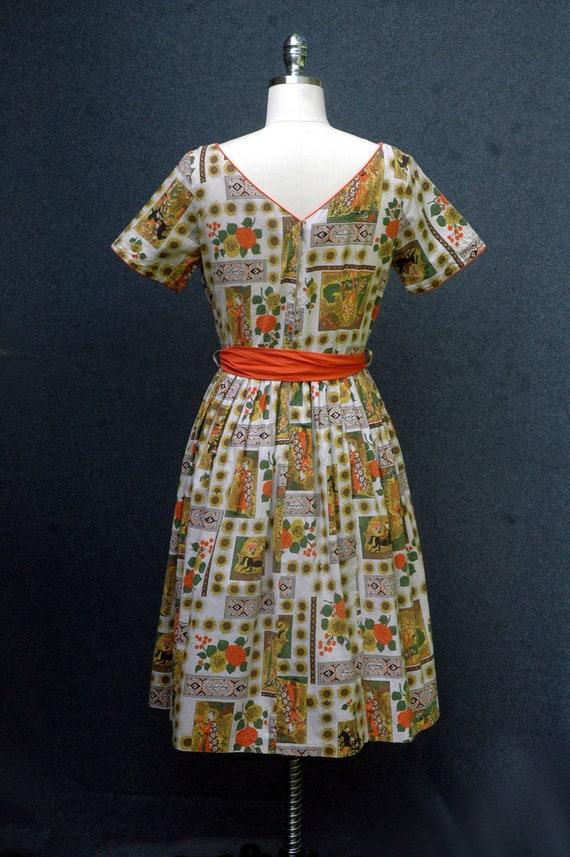 Vintage 1950s Novelty Print Dress - image 4