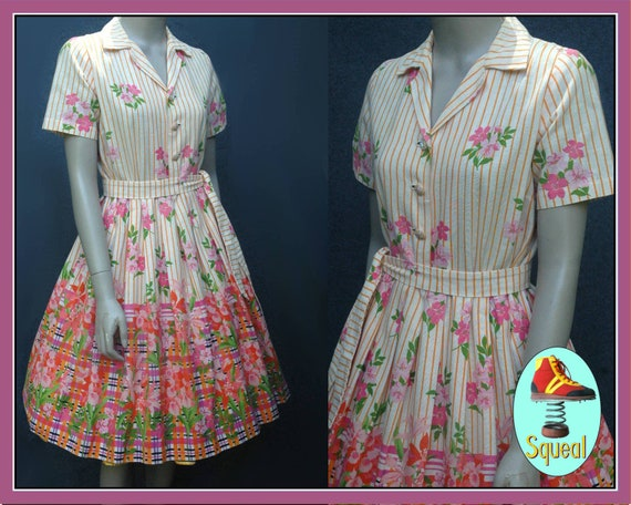 Vintage 1950s Floral Border Print Dress