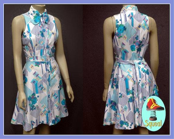 Vintage 1970s Blue Floral Cotton Dress