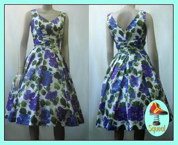 Vintage 1950s Dress / 50s Taffata party dress /195