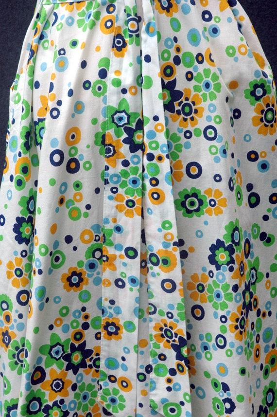 Vintage 60s does 40s Floral Dress - image 9