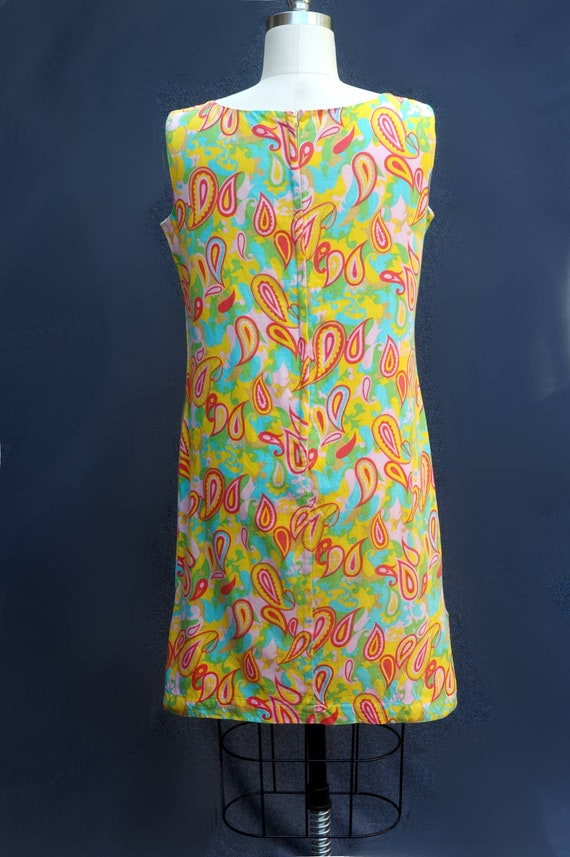 Vintage 1960s Psychadelic Cotton Shift Dress - image 3