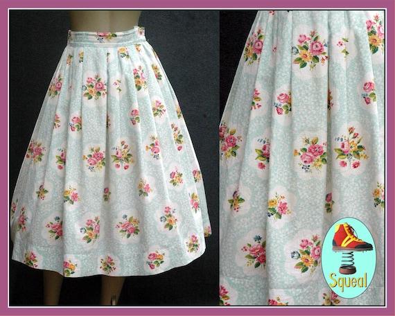 Vintage 1950s Floral Bouquet Print Skirt